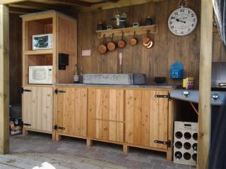 buitenkeuken in doulas hout