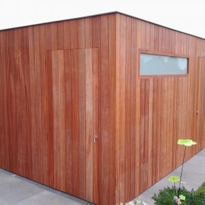 kubus model tuinhuis in paddoek